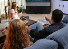 สาเหตุโทรทัศน์ทำให้คนเราอ้วน ดูทีวีเพลิน ทำให้ กินเพลินด้วย
