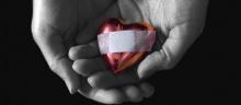 วิธีจัดการเมื่อความรักทำให้เจ็บ