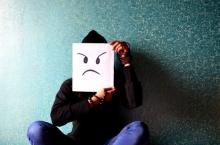 เมื่อความโกรธกระทบใจ