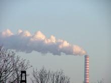 ก๊าซเฉื่อย หรือ ก๊าซมีตระกูล