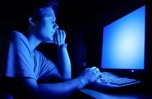 แสงสีน้ำเงินช่วยให้สมองตอบสนองได้เร็วขึ้น
