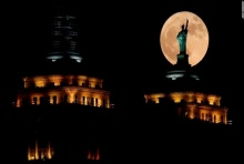 สวยงามมาก บรรยากาศ Super Moon ทั่วโลก!!