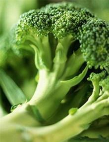 กินบร็อกโคลี่-กะหล่ำสด ลดเสี่ยงมะเร็งกระเพาะอาหาร