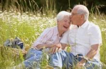 ชีวิตรักสดใส ช่วยผู้สูงอายุไม่เจ็บไข้