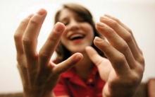 พบนิ้วมือบอกลักษณะนิสัยต่างๆ นิ้วมือยาว เป็นนักวิ่งเร็ว
