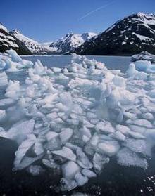 น้ำแข็งละลาย