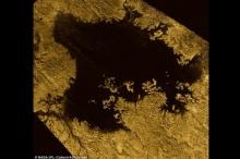 ไขปริศนาของเหลวดาวไททัน ที่แท้เป็นทะเลมีเทน