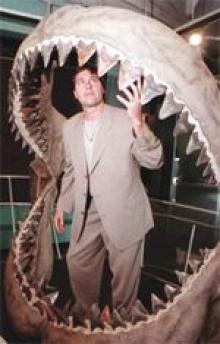 สัตว์โบราณฟันเบิ้มกัดแรงกว่าฉลาม
