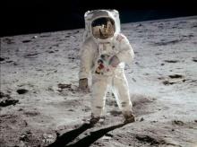 มนุษย์อวกาศกลับบ้านแล้ว ย้ำไม่ลืมกลิ่นตุ ๆ ของอวกาศ