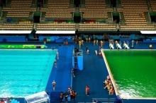 ขนลุกซู่ น้ำในสระกระโดดน้ำของริโอเกมส์เปลี่ยนเป็นสีเขียว!