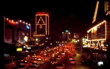 ประวัติศาสตร์แรกเริ่มของแสงสียามค่ำคืนในกรุงเทพฯ