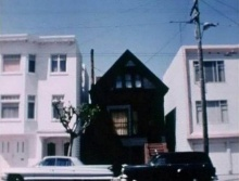 บ้านสีดำ สถานที่ก่อตั้งลักทธิซาตาน